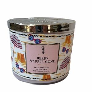 Bath & Body Works Berry Waffle Cone 3 Wick Candle